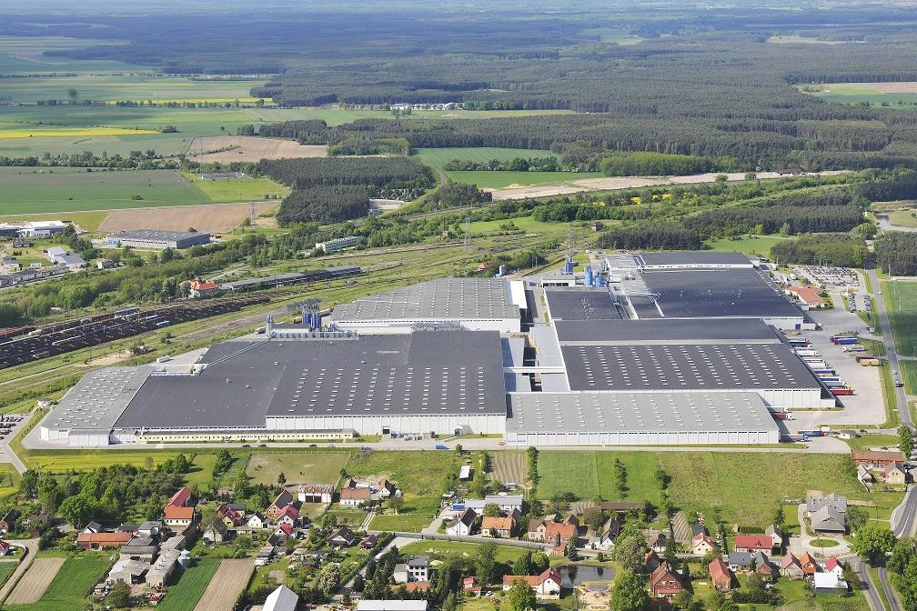 Ilustracja do informacji: IKEA Industry rozbudowuje w Zbąszynku największą fabrykę mebli na świecie i tworzy nowe miejsca pracy