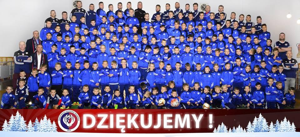 Ilustracja do informacji: Mikołajkowa Akademia Piłkarska