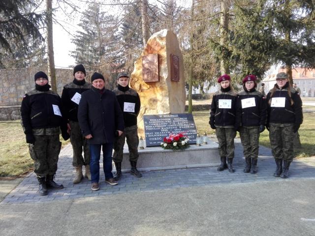Ilustracja do informacji: Biegiem i Turniejem Strzeleckim upamiętnili Żołnierzy Wyklętych