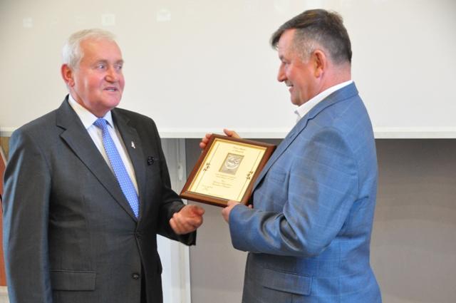 Ilustracja do informacji: Absolutorium dla Burmistrza Zbąszynka
