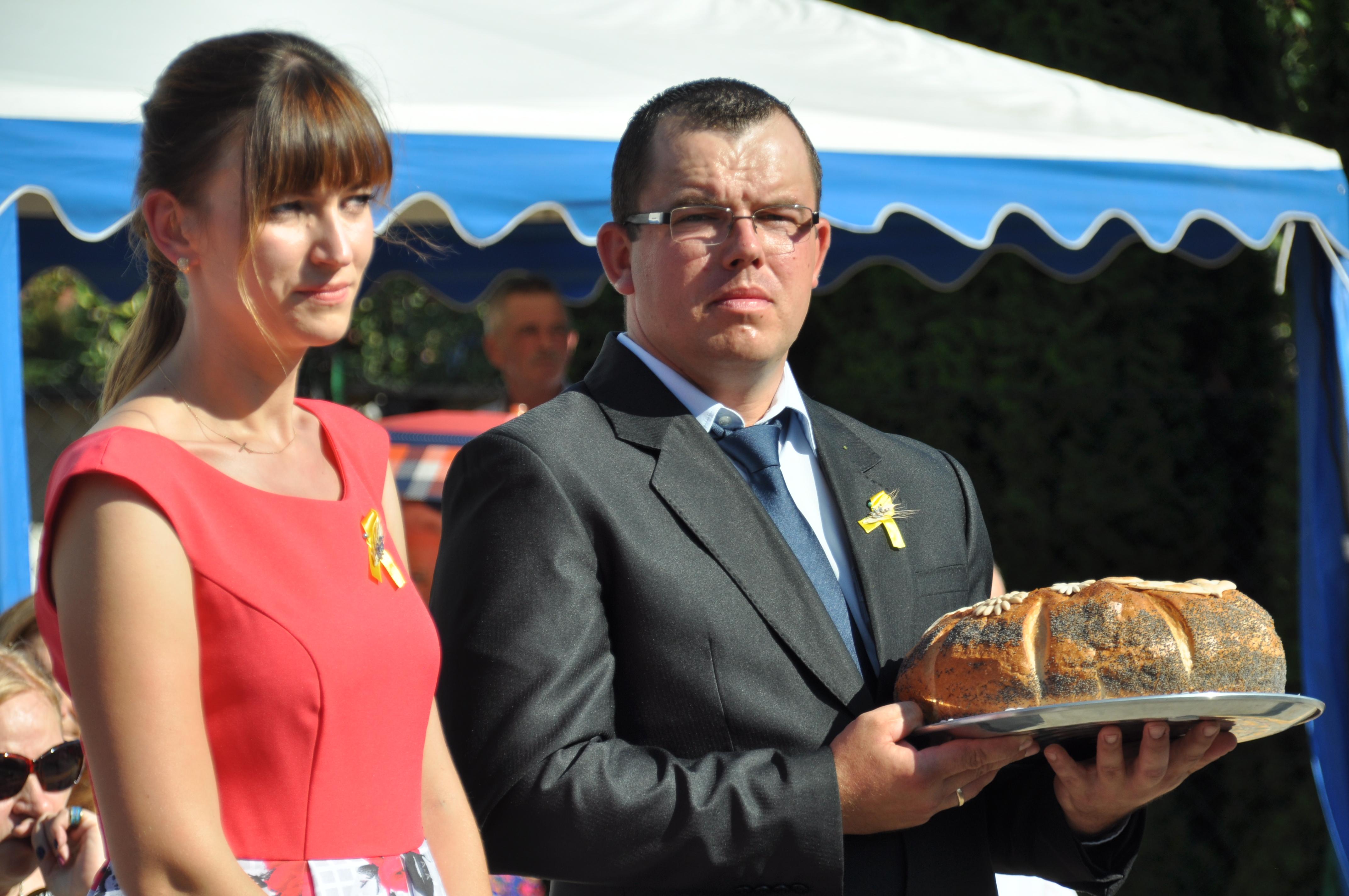 Ilustracja do informacji: Dożynki Gminne 2018 w Rogozińcu