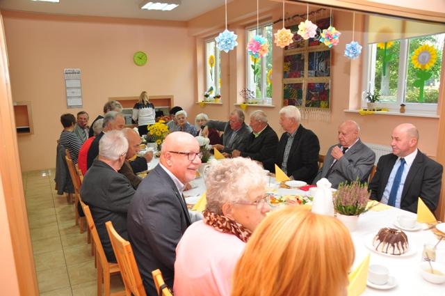 Ilustracja do informacji: Śniadanie z burmistrzem w ramach obchodów Zbąszyneckiego Święta Seniora