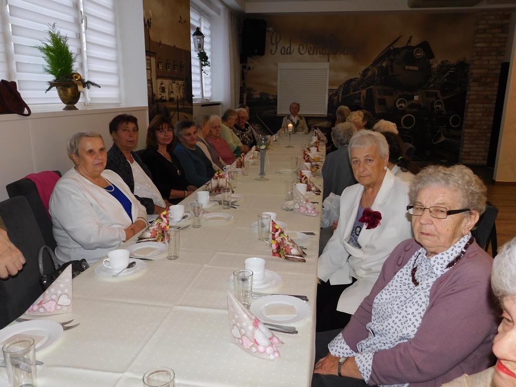 Ilustracja do informacji: Spotkanie Seniorów przy wigilijnym stole