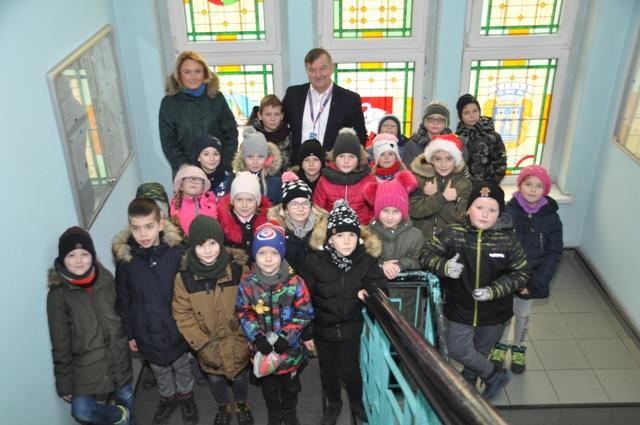 Ilustracja do informacji: Świąteczna wizyta przedszkolaków i uczniów w Urzędzie