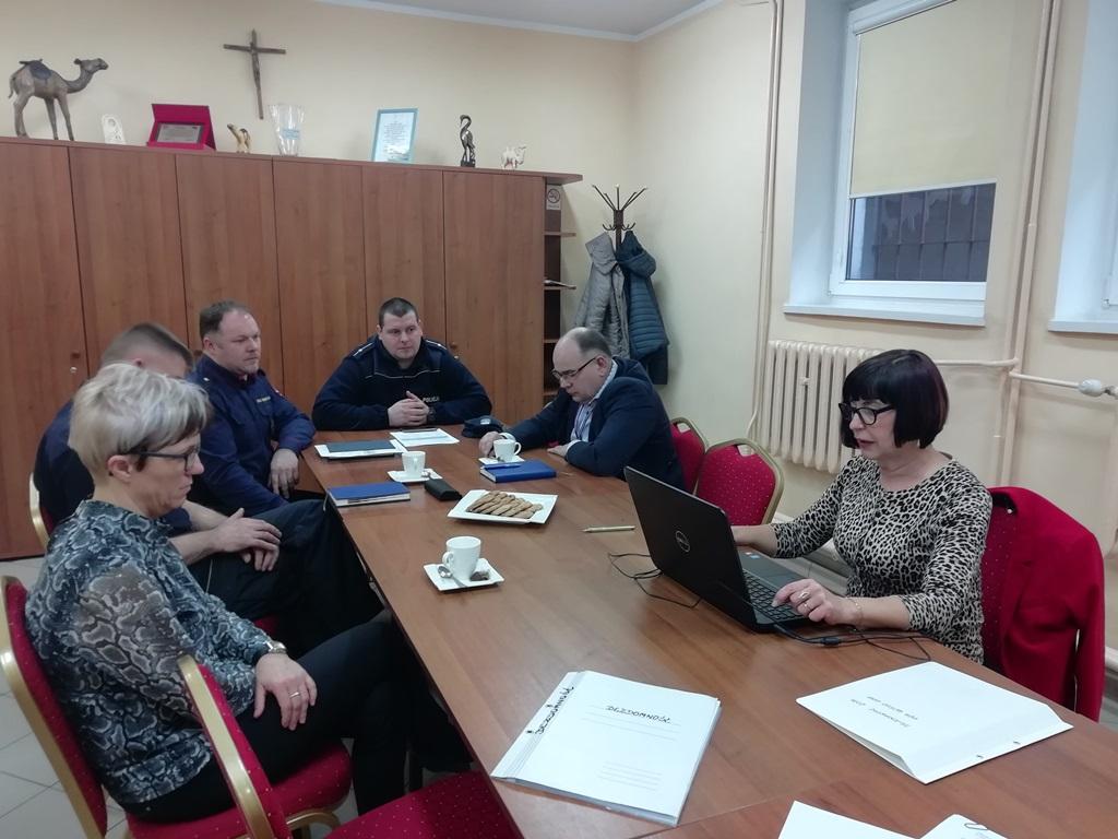 Ilustracja do informacji: Ogólnopolskie badanie liczby osób bezdomnych