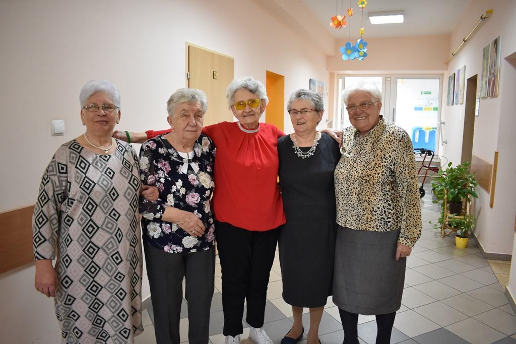 Ilustracja do informacji: Seniorzy świętowali Dzień Kobiet