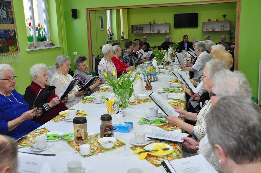 Ilustracja do informacji: Śniadanie Wielkanocne seniorów