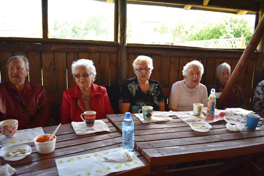 Ilustracja do informacji: Wizyta Seniorów u Ks. Zdzisława Przybysza