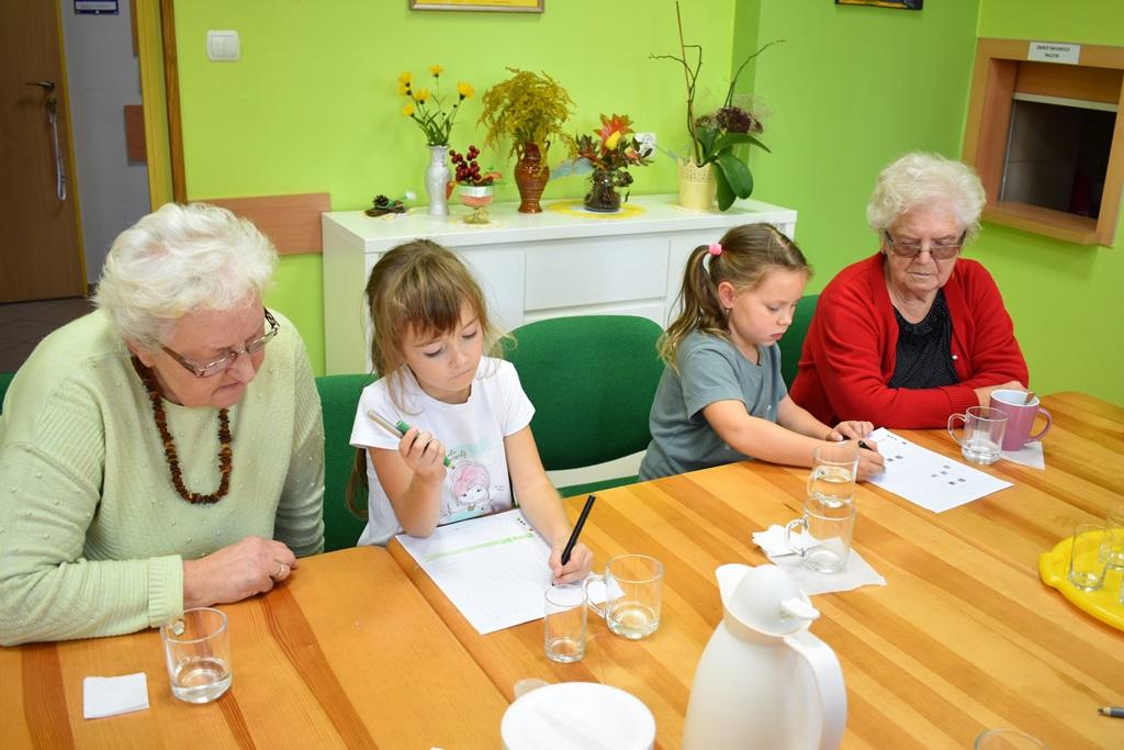 Ilustracja do informacji: Wizyta uczniów ze Szkoły Podstawowej w Zbąszynku