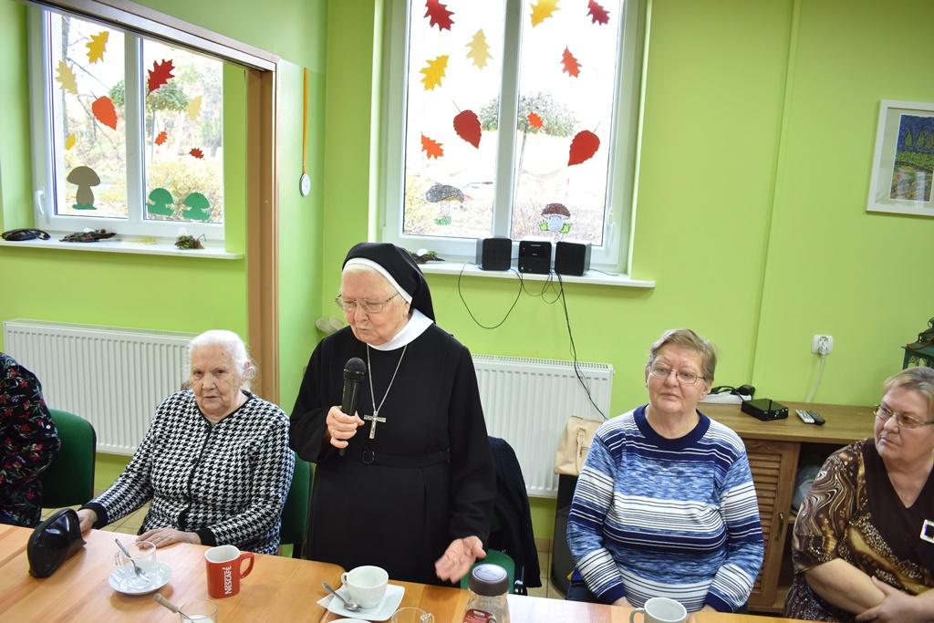 Ilustracja do informacji: Wizyta siostry zakonnej