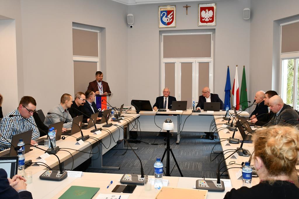 Ilustracja do informacji: XVI Sesja Rady Miejskiej w Zbąszynku