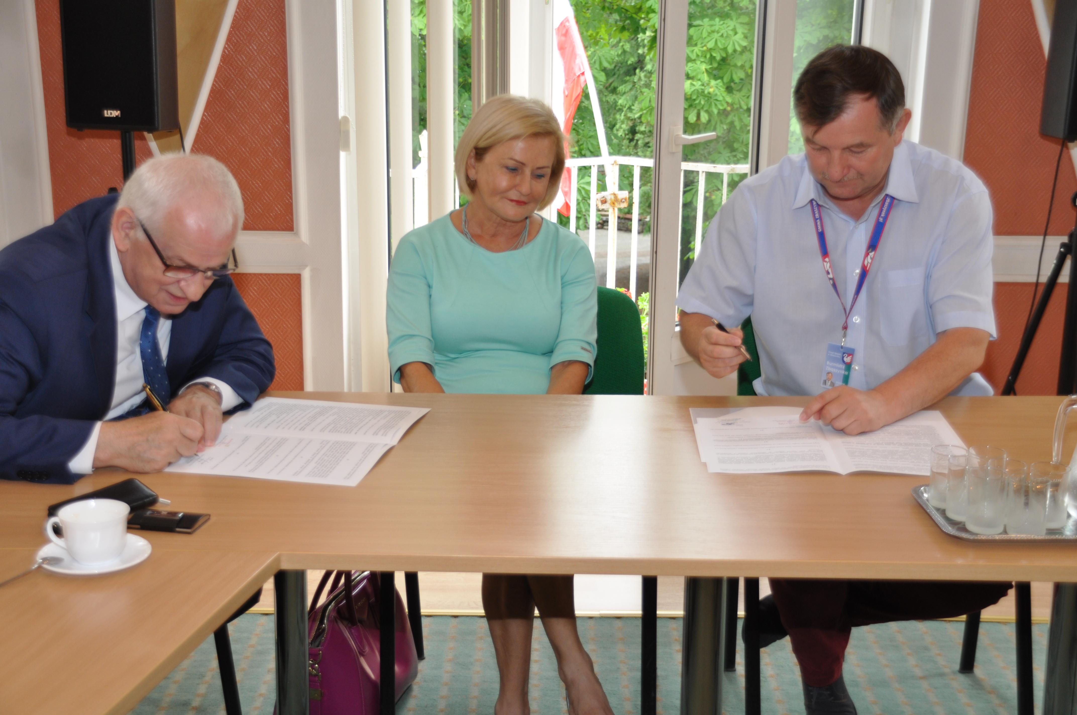 Ilustracja do informacji: Podpisanie porozumienia o współpracy