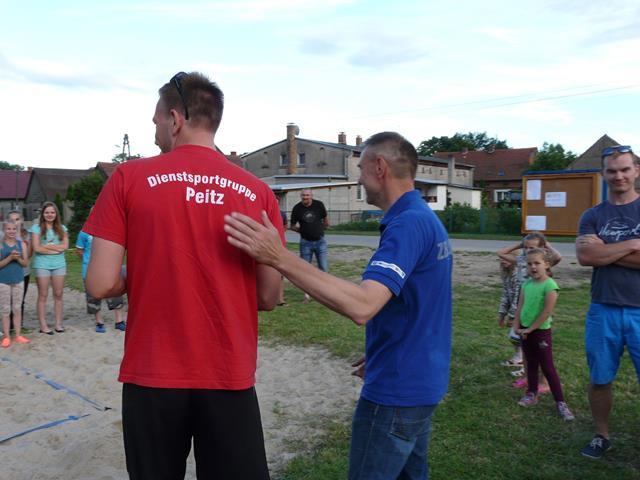 Ilustracja do informacji: Turniej piłki siatkowej w Kręcku